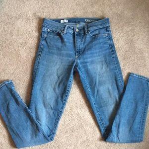 Gap Sz 29 Stretchy Skinny Jeans